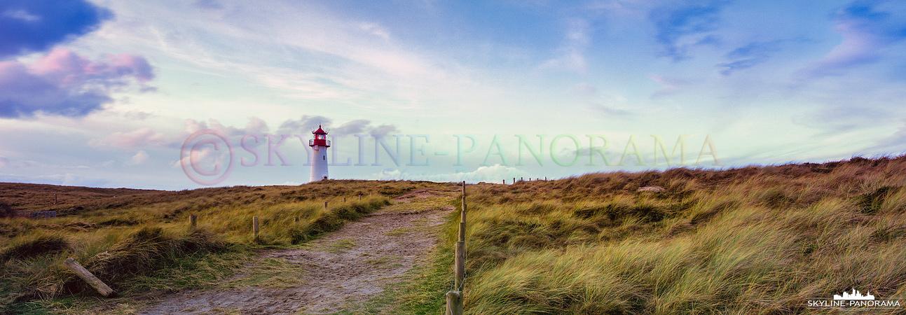 6x17 Panorama - Der Leuchtturm List West auf der Nordseeinsel Sylt.