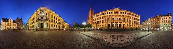 Wiesbaden mit Stadtansichten als Panorama
