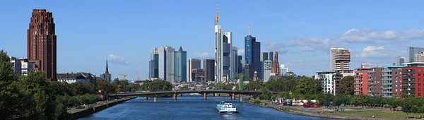 Panorama Frankfurt am Tag