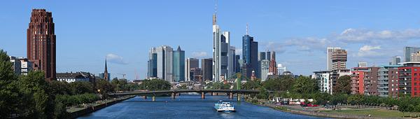 Panorama Frankfurt am Tag