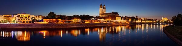 Magdeburg - Stadtansichten der Skyline als Panorama