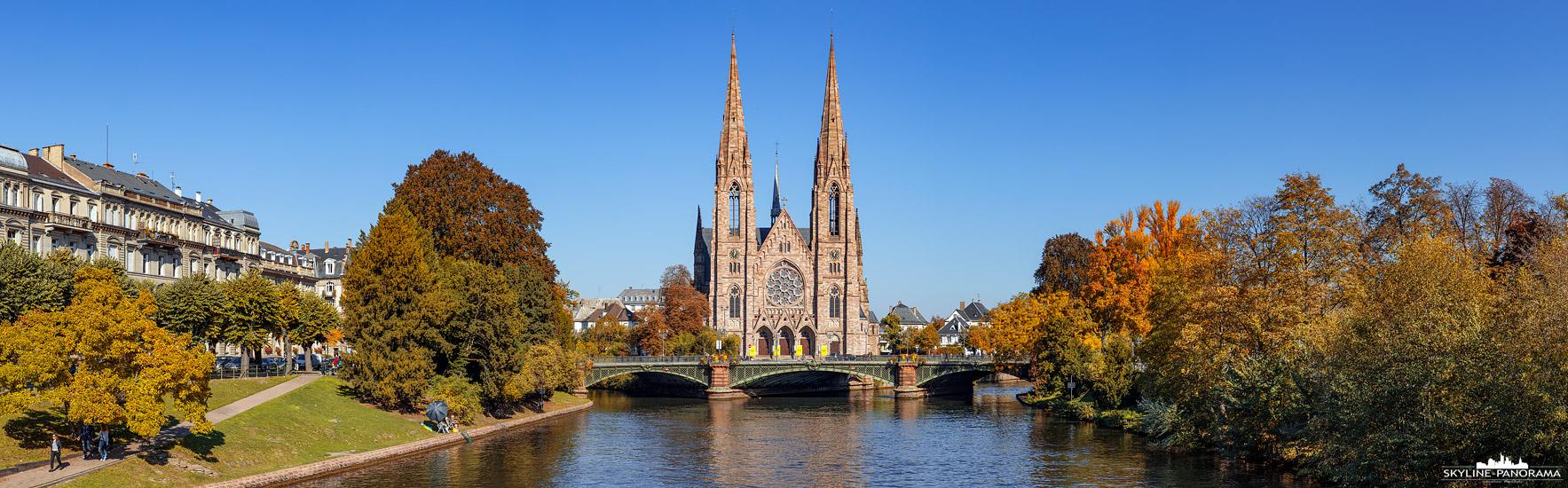Bilder aus Straßburg - Die Paulskirche (Église Saint-Paul), am Ufer der Ill gelegen, befindet sich in der Neustadt von Straßburg, hierbei handelt es sich um eine protestantische Kirche, die im neugotischen Stil erbaut wurde.
